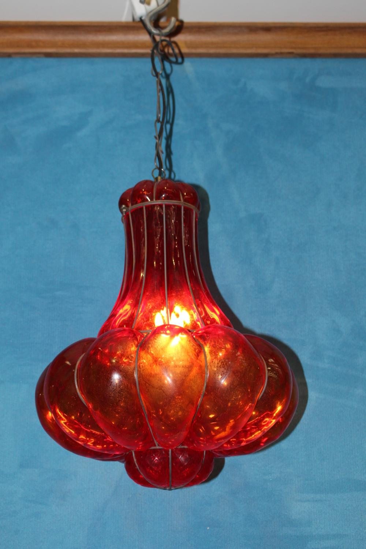 Tulip shaped hanging light