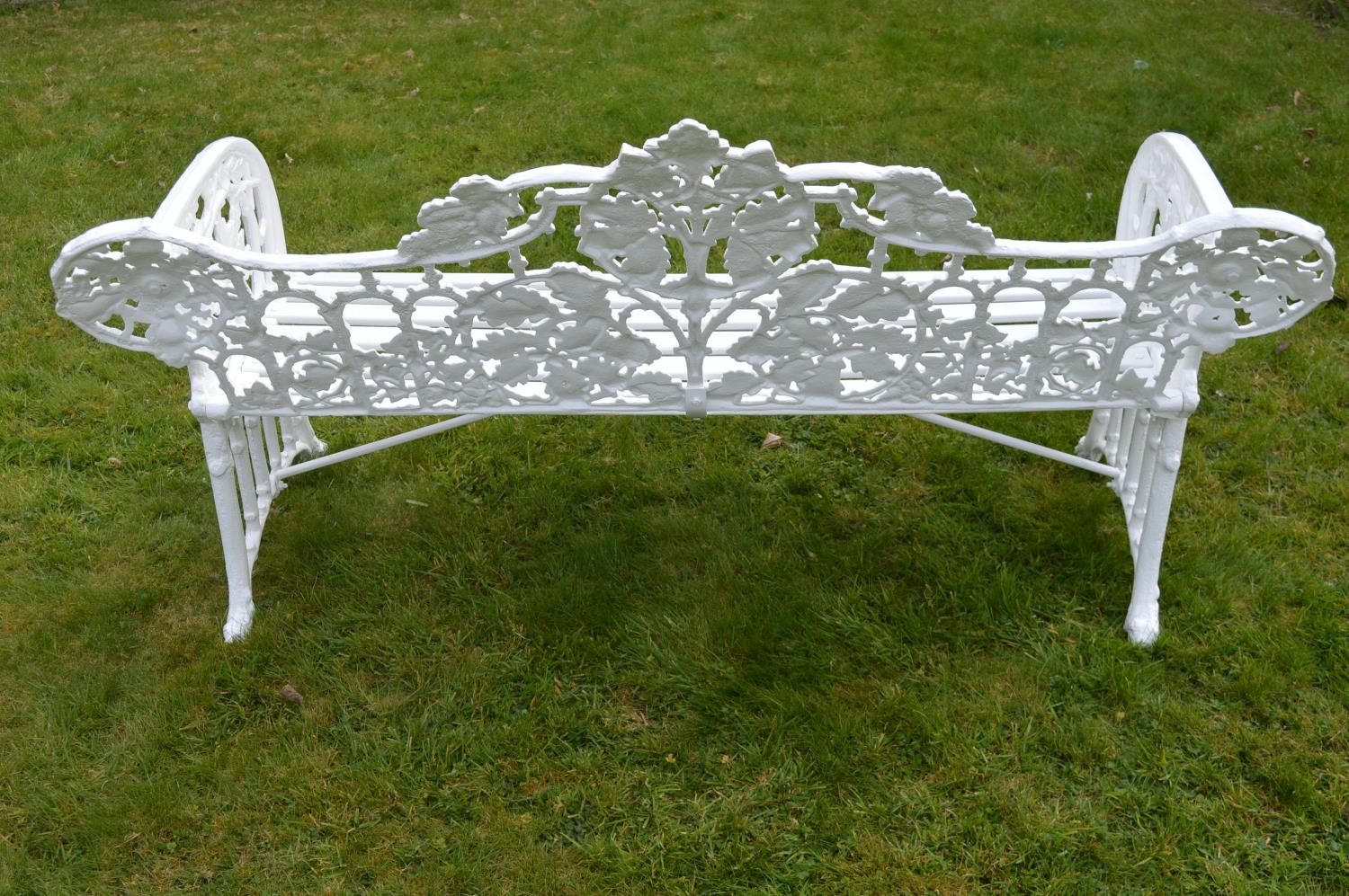 Cast iron garden bench. - Image 3 of 3
