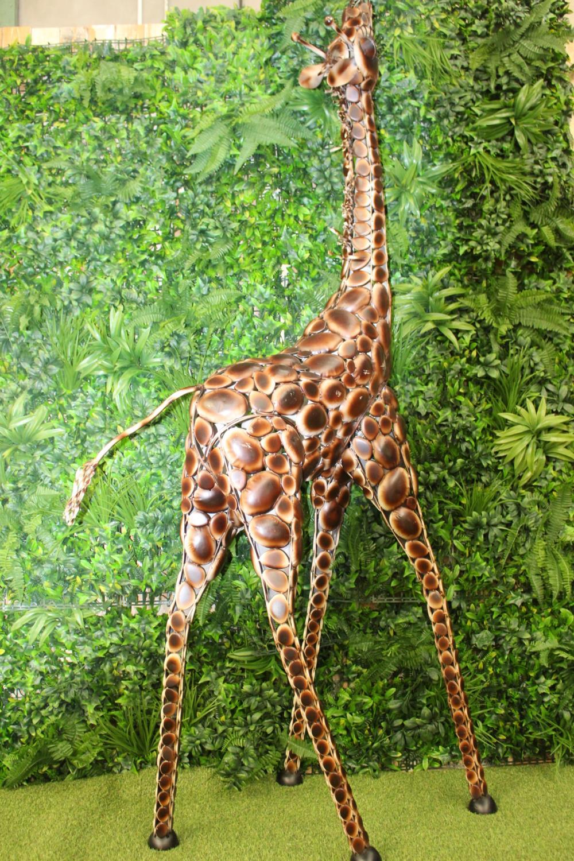 Metal model of giraffe calf