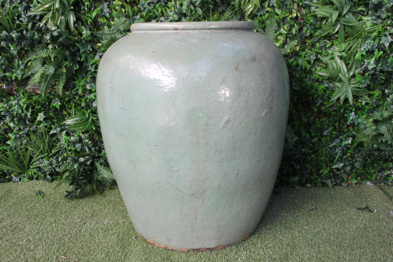 Large ceramic glazed pot