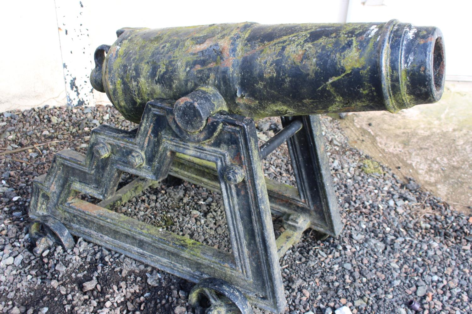 Pair of cast iron cannons - Image 3 of 3