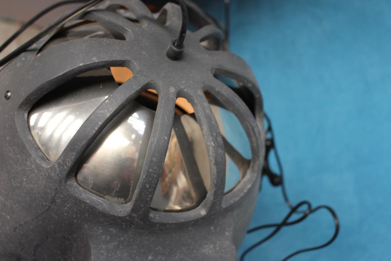 Hanging spotlights - Image 2 of 3