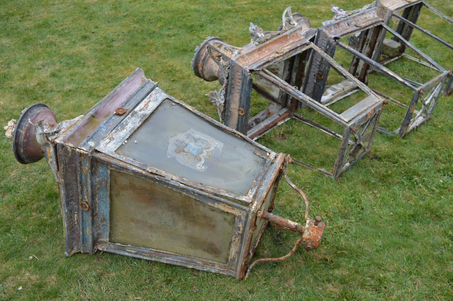 Set of four wrought iron and copper lanterns. - Image 3 of 6