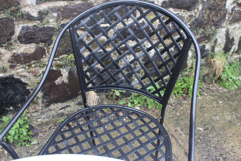 Wrought iron garden set - Image 2 of 3