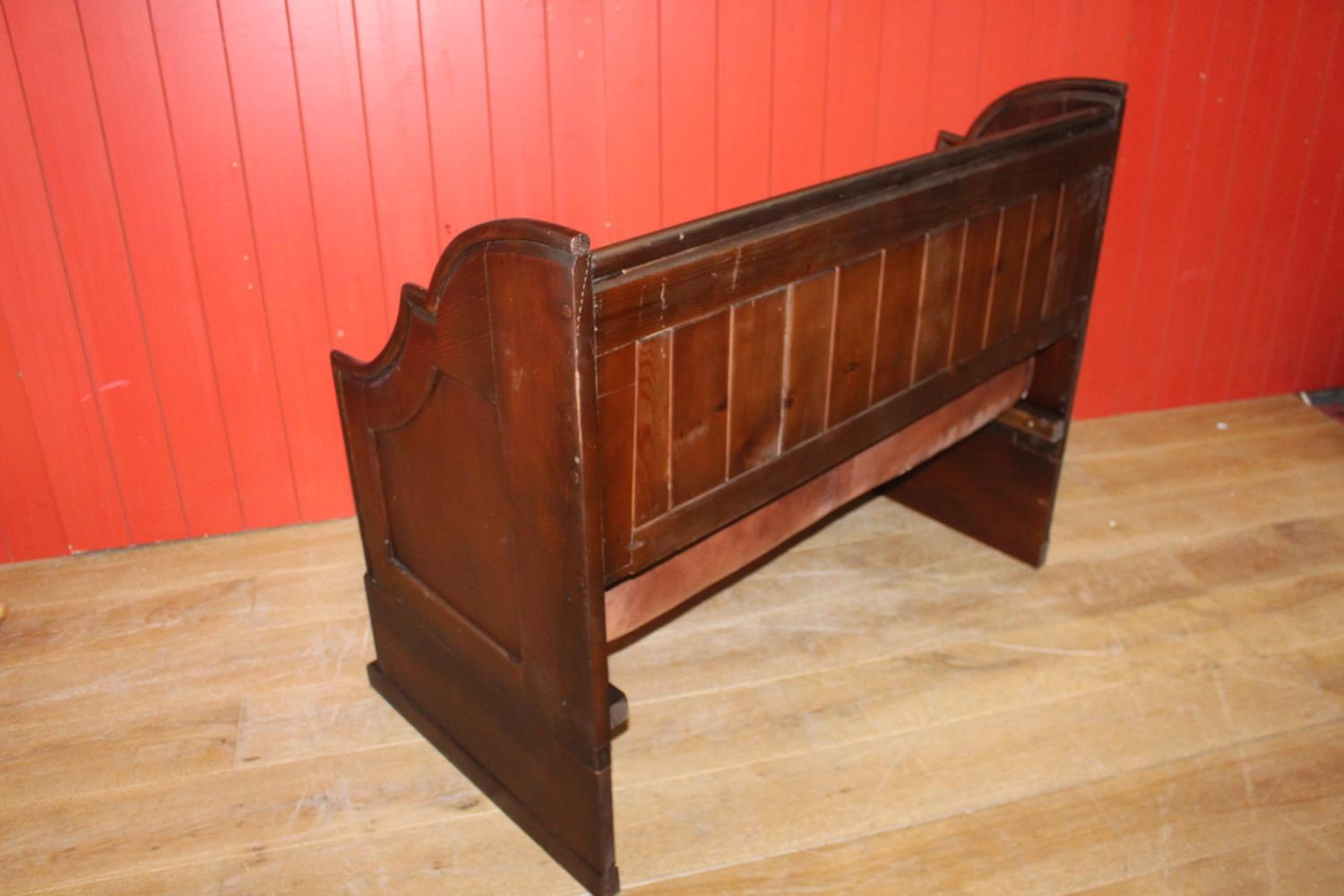 Leather upholstered wooden bench - Image 2 of 2