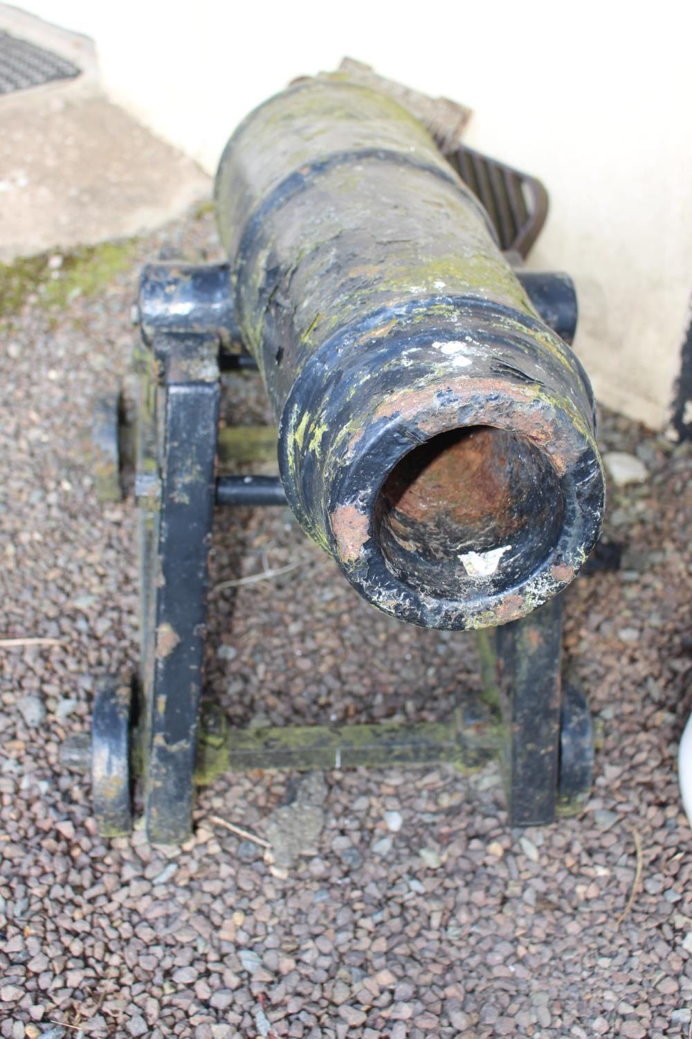 Pair of cast iron cannons - Image 2 of 3