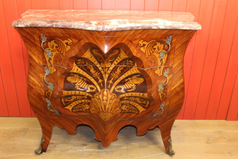Inlaid walnut Bombay chest