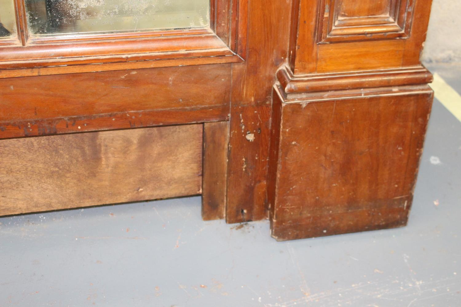 Carved giltwood overmantle - Image 3 of 3