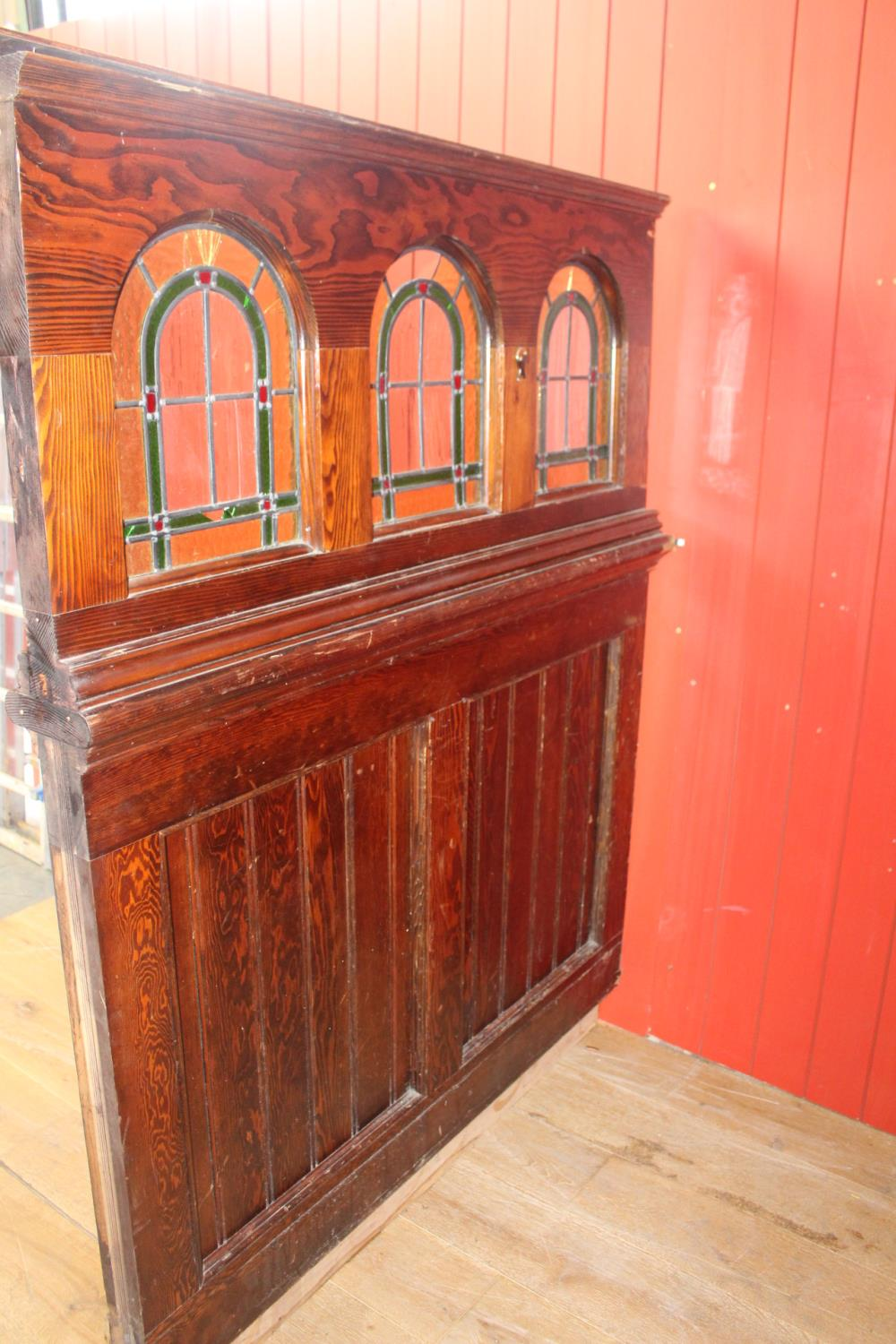 Wooden stained glass divider. - Image 2 of 3