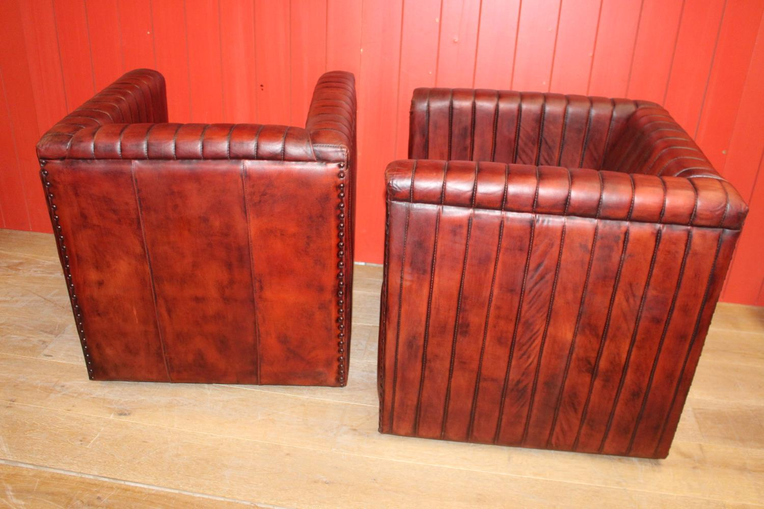Pair of leather upholstered club chairs - Image 2 of 2