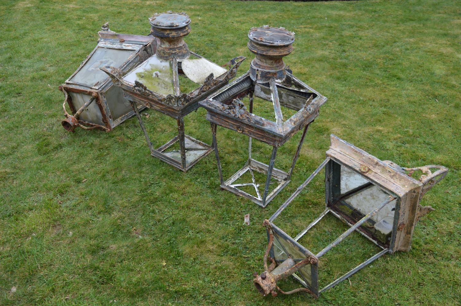 Set of four wrought iron and copper lanterns. - Image 5 of 6
