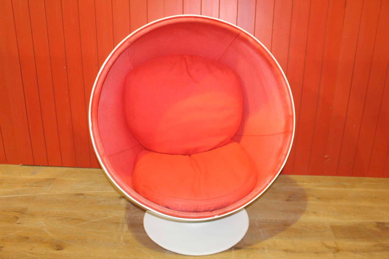 1960's retro egg chair