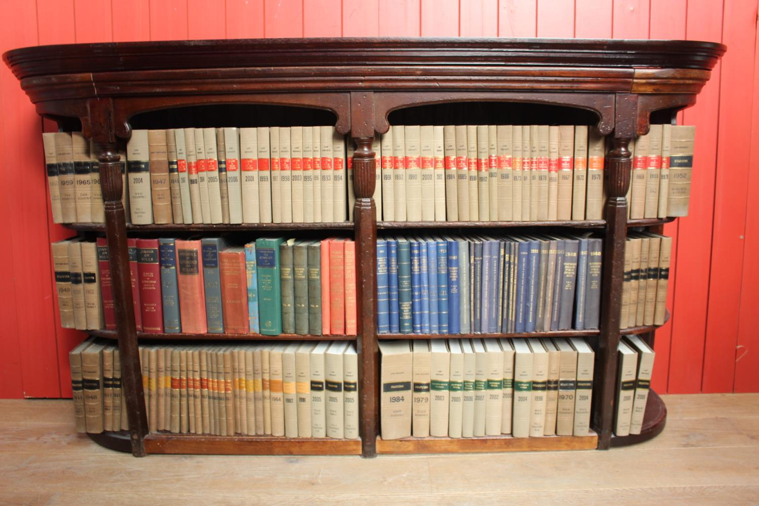 Selection of Law books 6 metres in total.