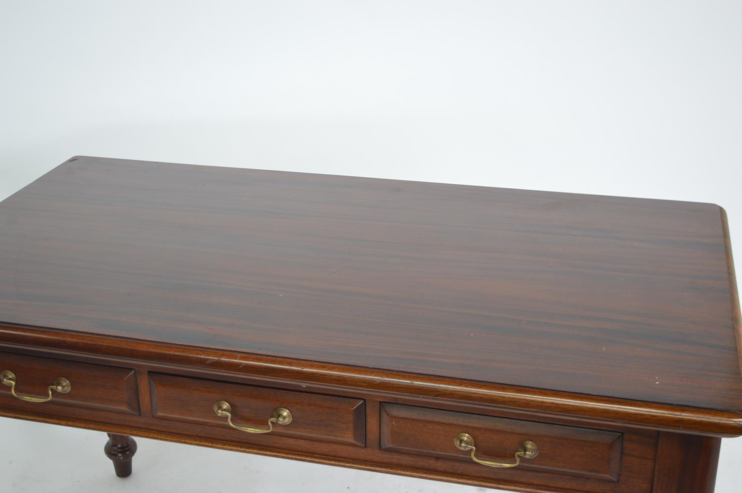 Mahogany side table. - Image 2 of 3