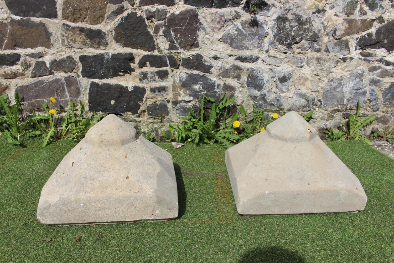 Pair of pillar caps