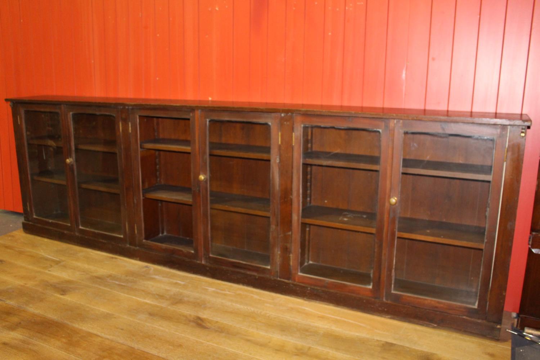 19th C. mahogany shop floor cabinet - Image 2 of 3