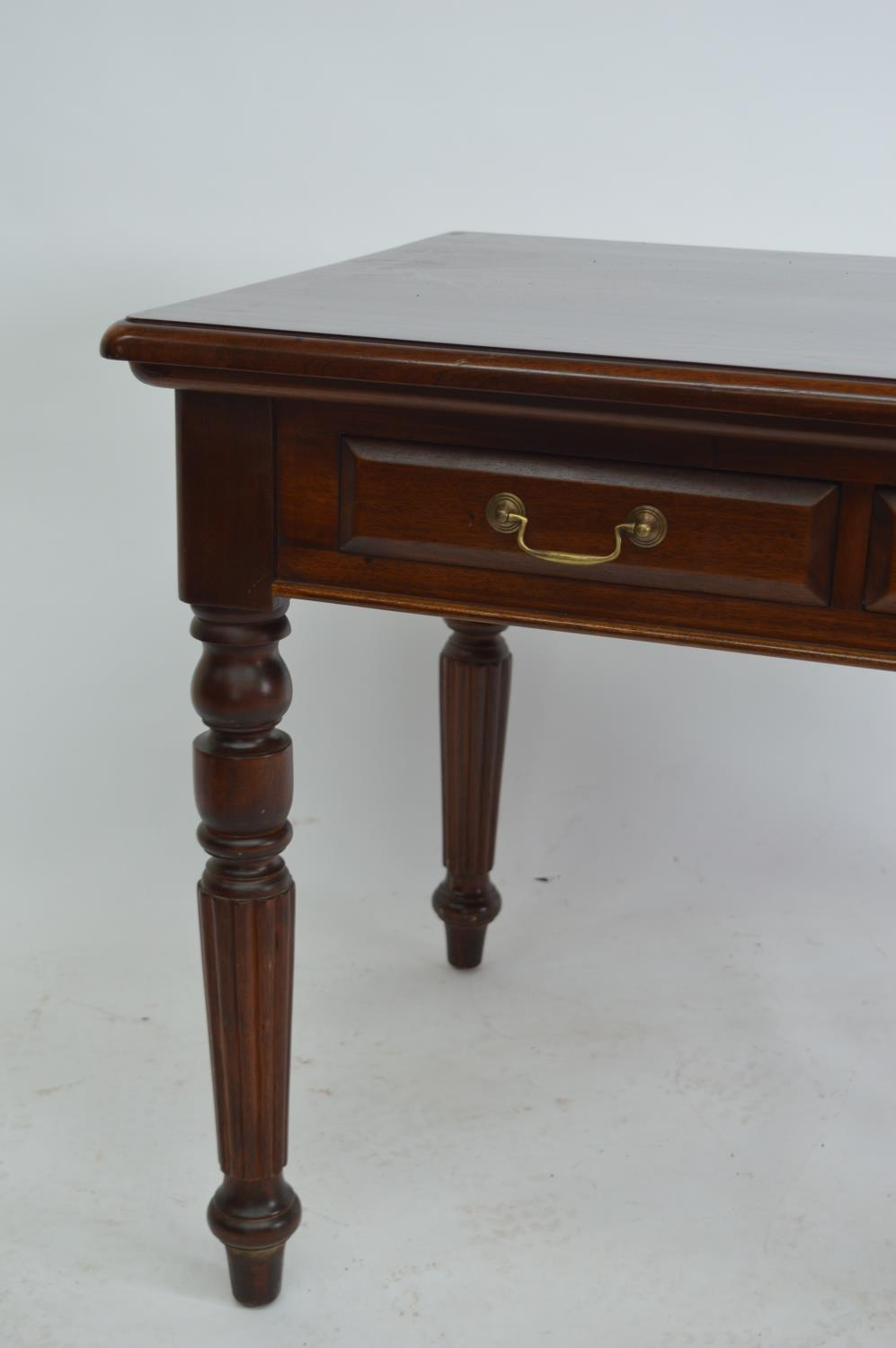 Mahogany side table. - Image 3 of 3