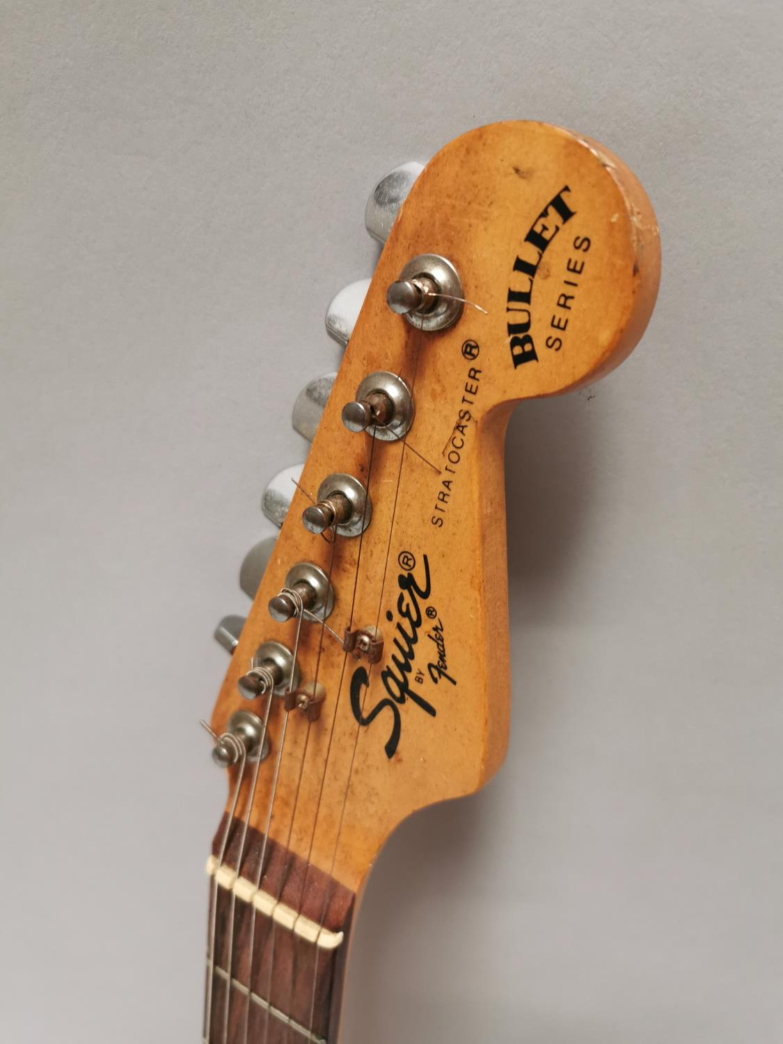 Squire Fender electric guitar - Image 3 of 5