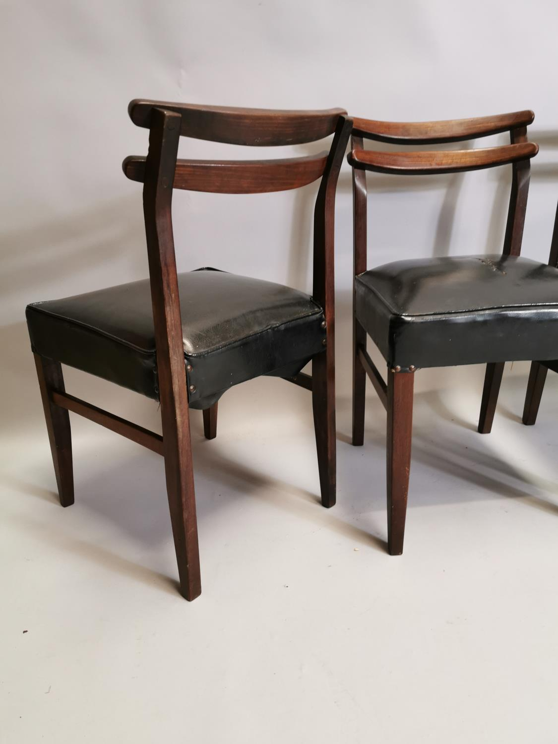 Set of four mid century chairs - Image 4 of 5
