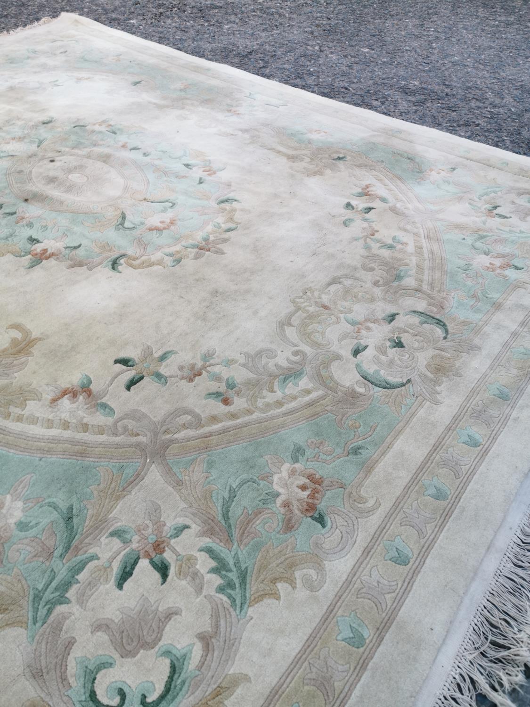 Carpet square - Image 5 of 7