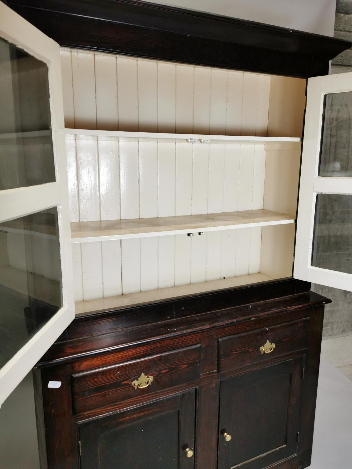 19th.C. painted cabinet - Image 8 of 8