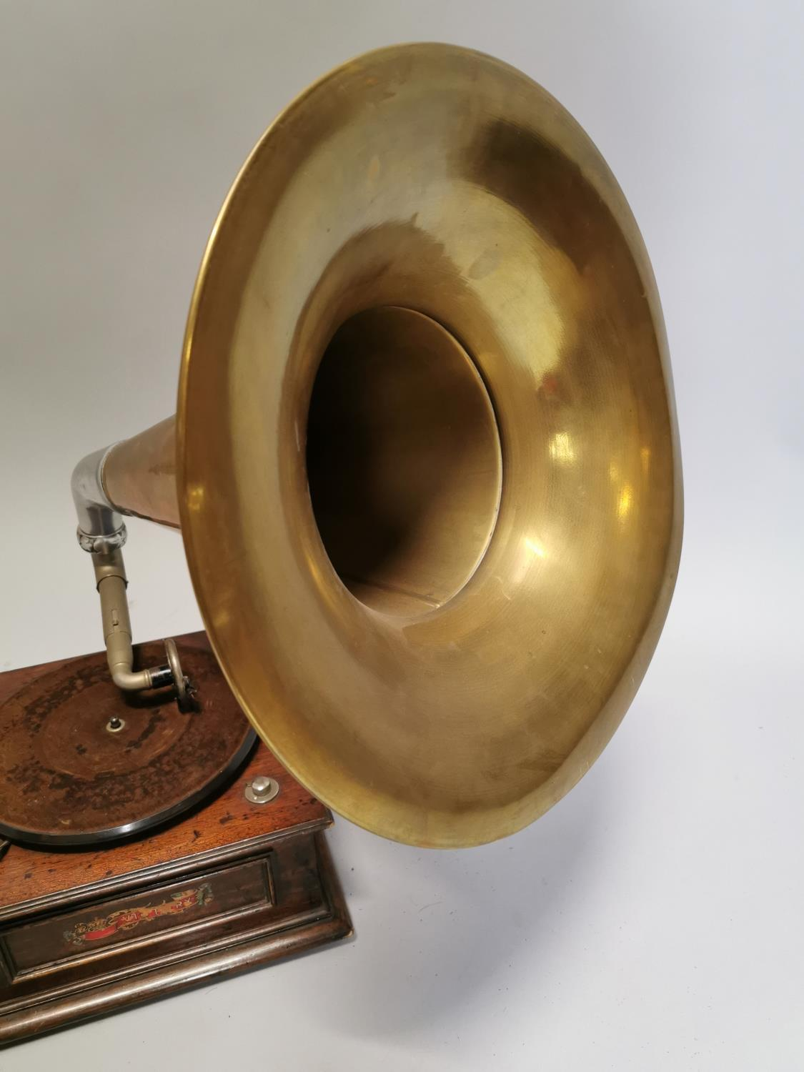 Victory gramophone in oak case with brass horn - Image 2 of 7