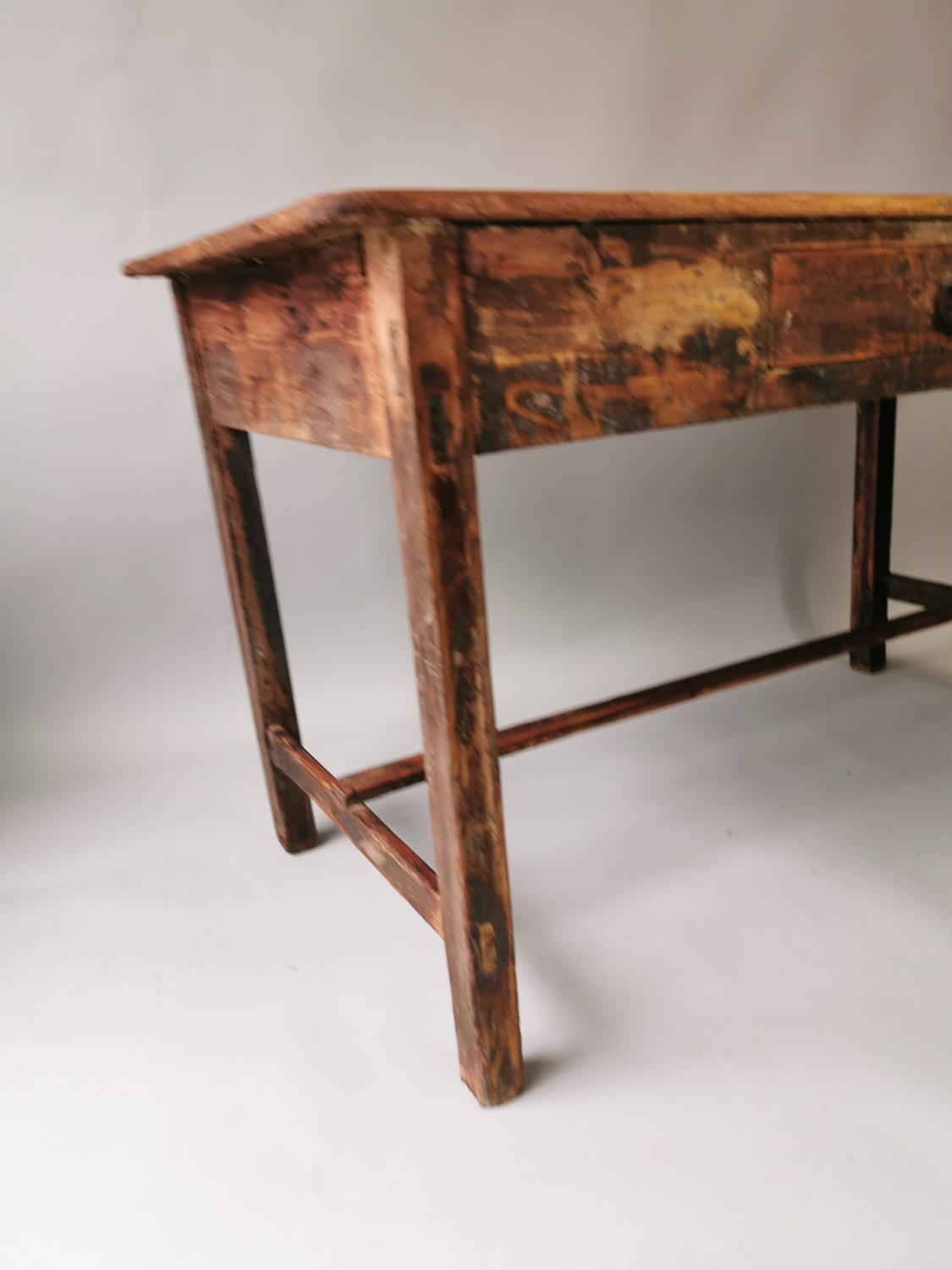19th. C. painted pine table - Image 3 of 7