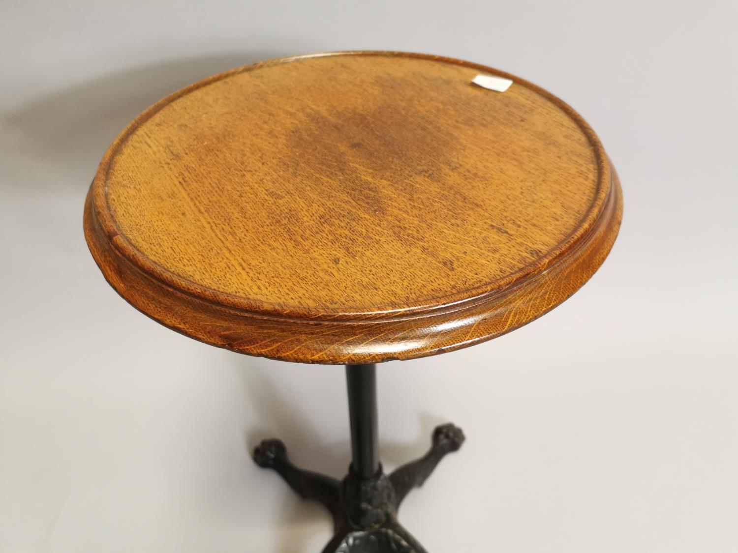 Early 20th. C. wine table - Image 3 of 5