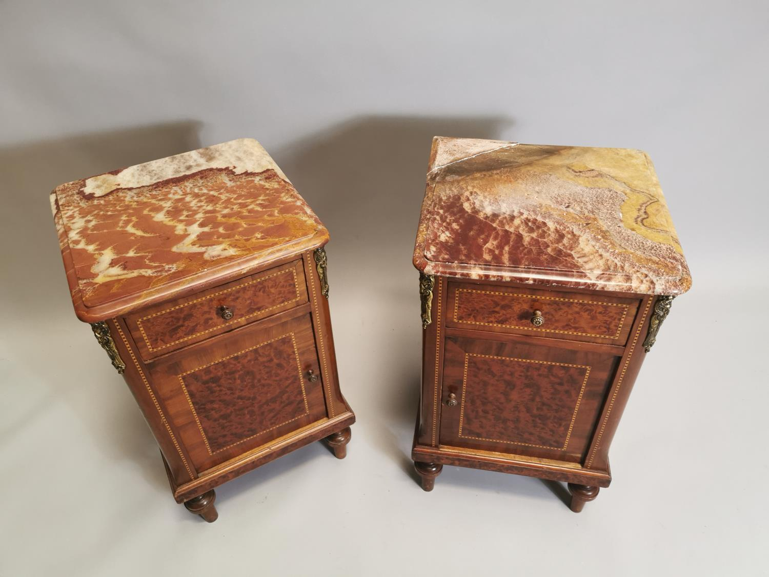 Pair of 19th. C. kingwood and burr walnut bedside lockers. - Image 2 of 8