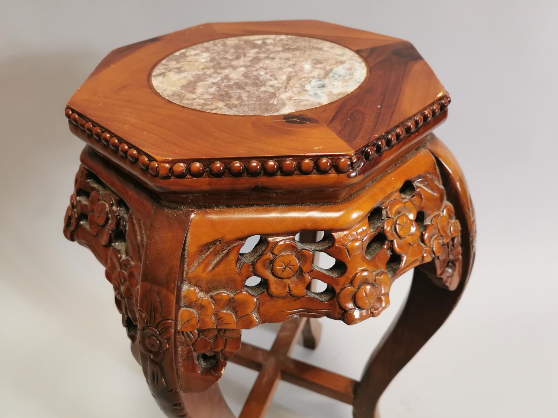 Carved hardwood jardiniere stand - Image 3 of 5
