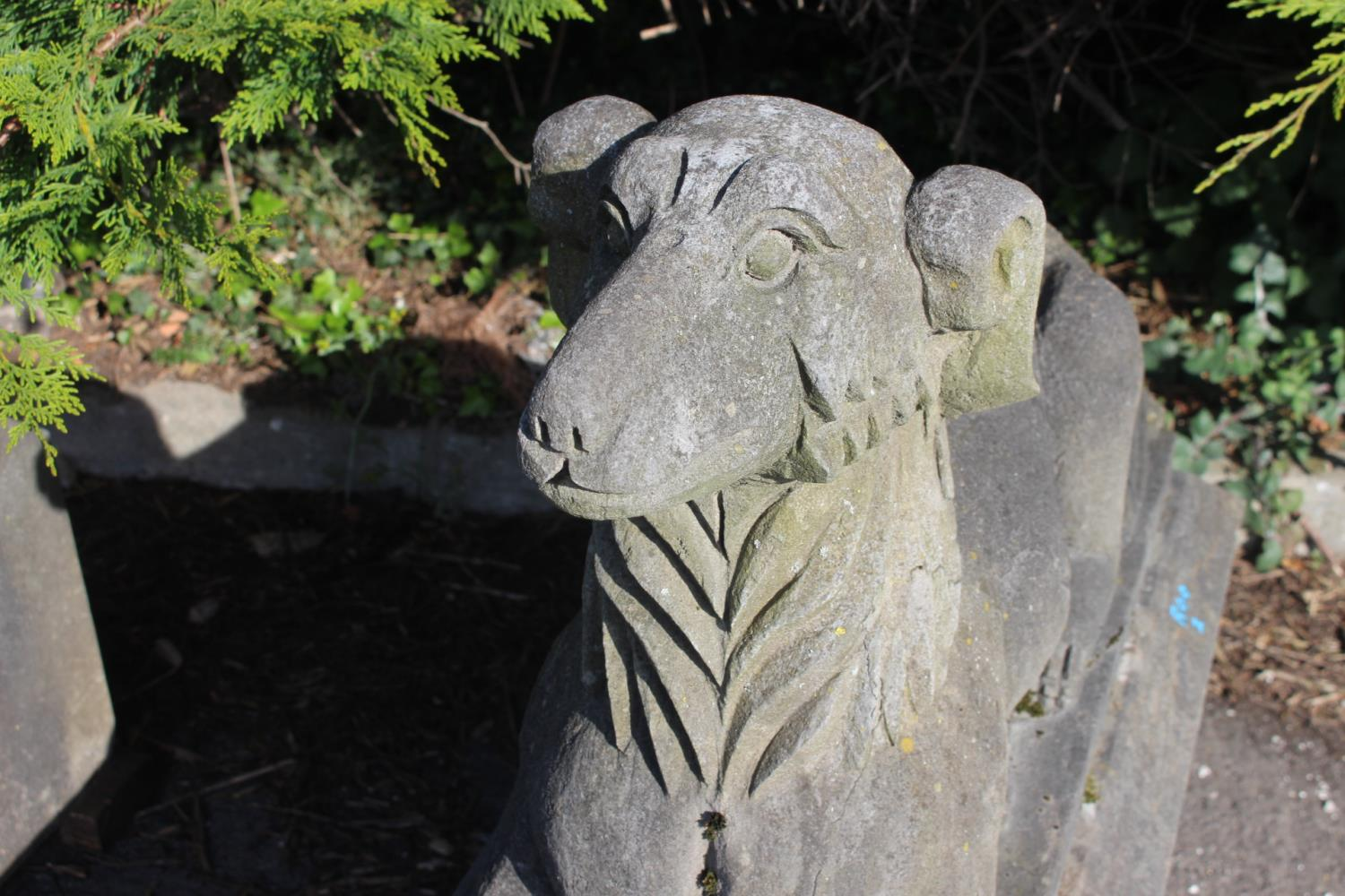 Pair of cast stone seated dogs - Image 5 of 5