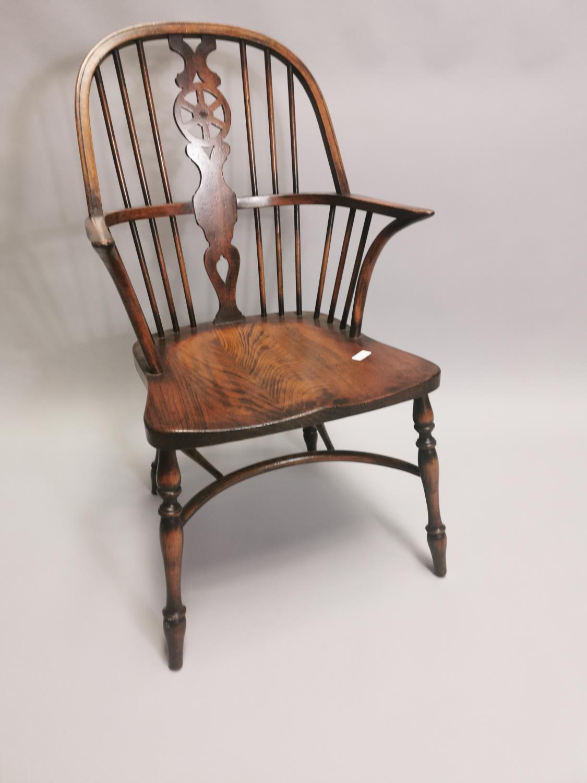 Good quality oak Windsor armchair