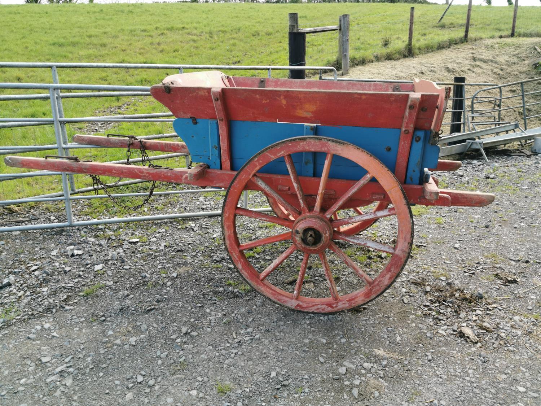 Early 20th C. pony cart.