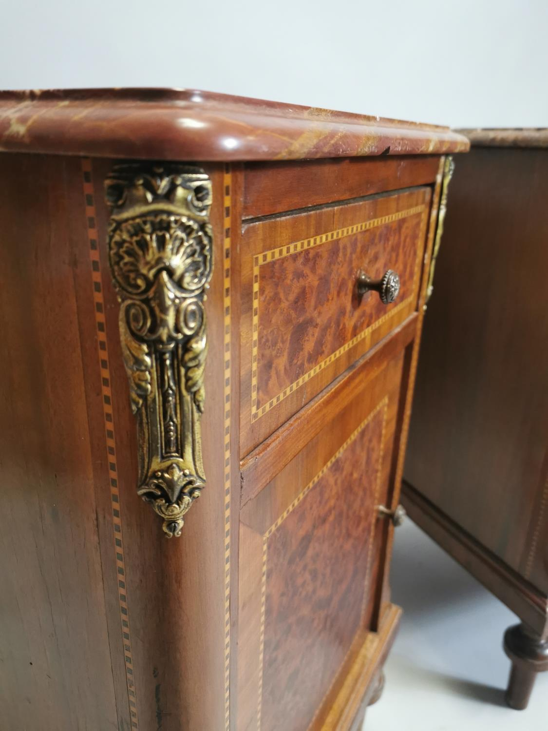 Pair of 19th. C. kingwood and burr walnut bedside lockers. - Image 7 of 8