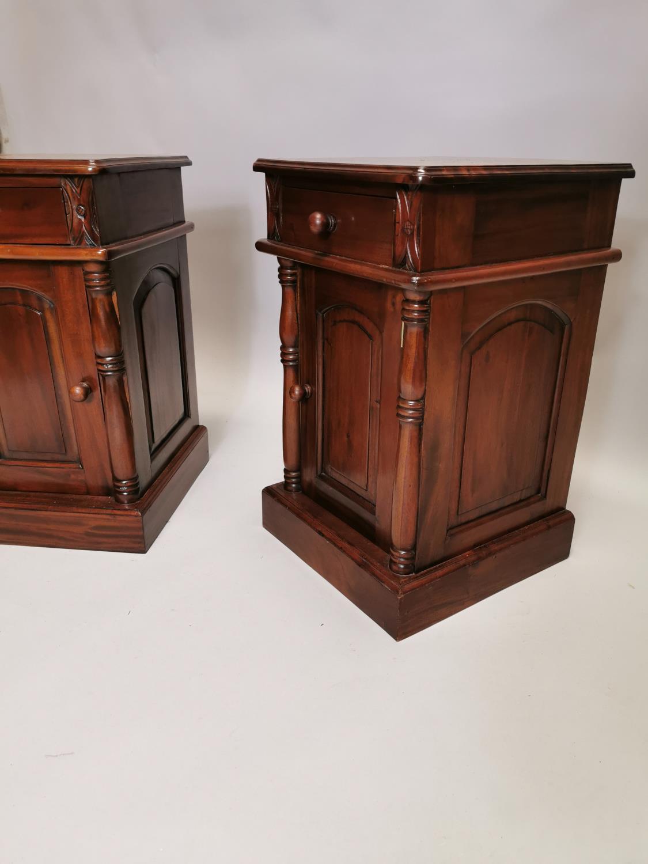 Pair of mahogany bedside lockers - Image 4 of 7