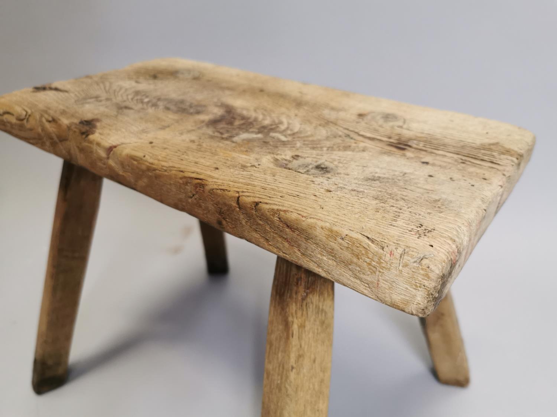 19th. C. Irish pine milking stool - Image 2 of 3