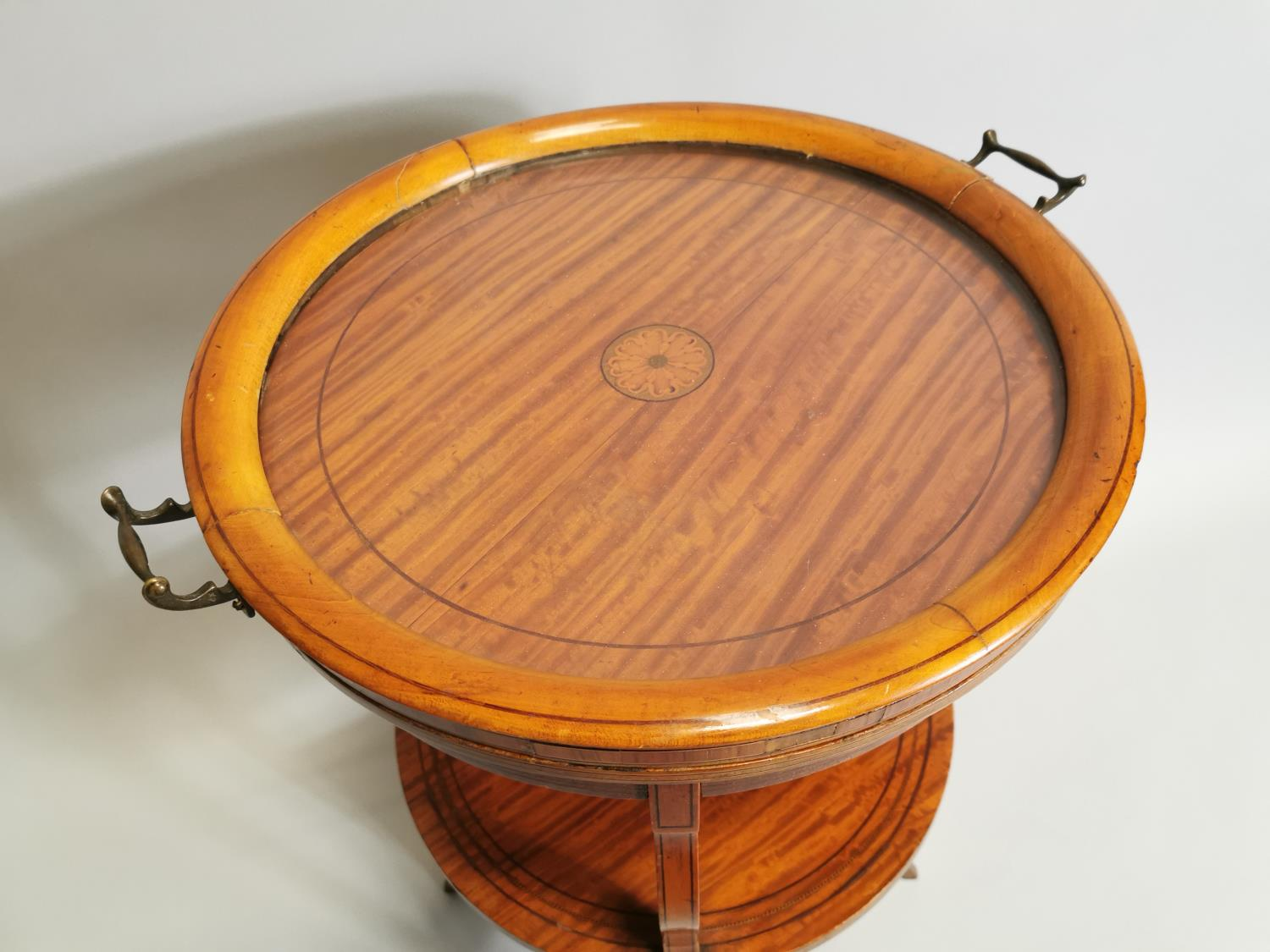 19th. C. satinwood wine table - Image 2 of 5