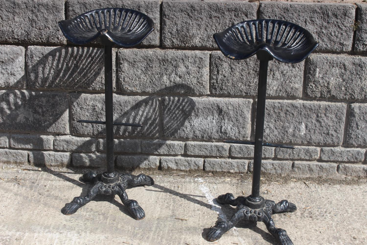 Pair of cast iron bar stools - Image 2 of 2