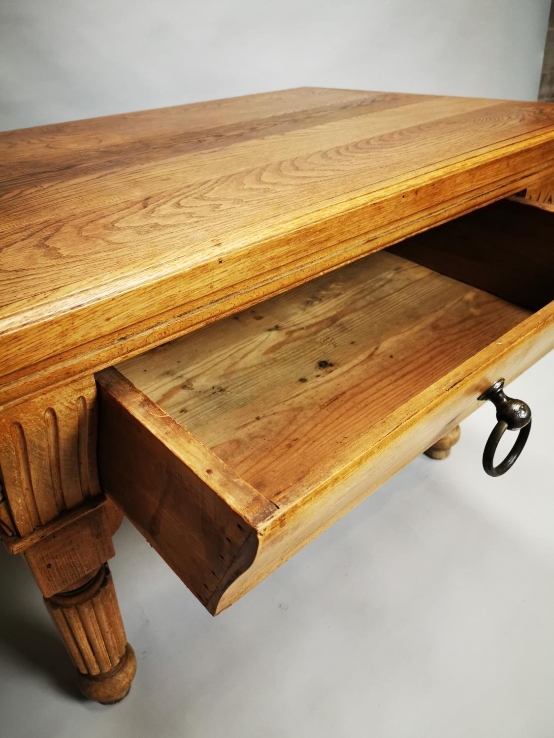 Early 20th C. pine and oak butchers table - Image 9 of 12