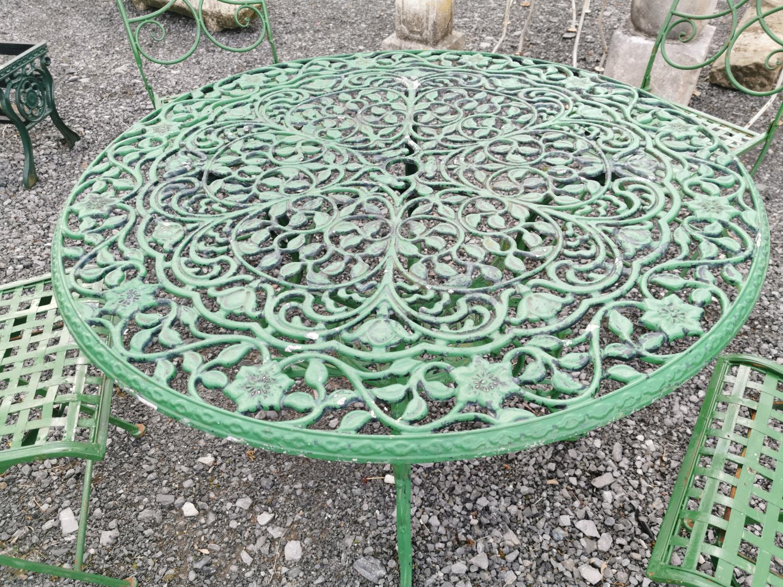 Cast alloy five piece garden set - Image 3 of 5