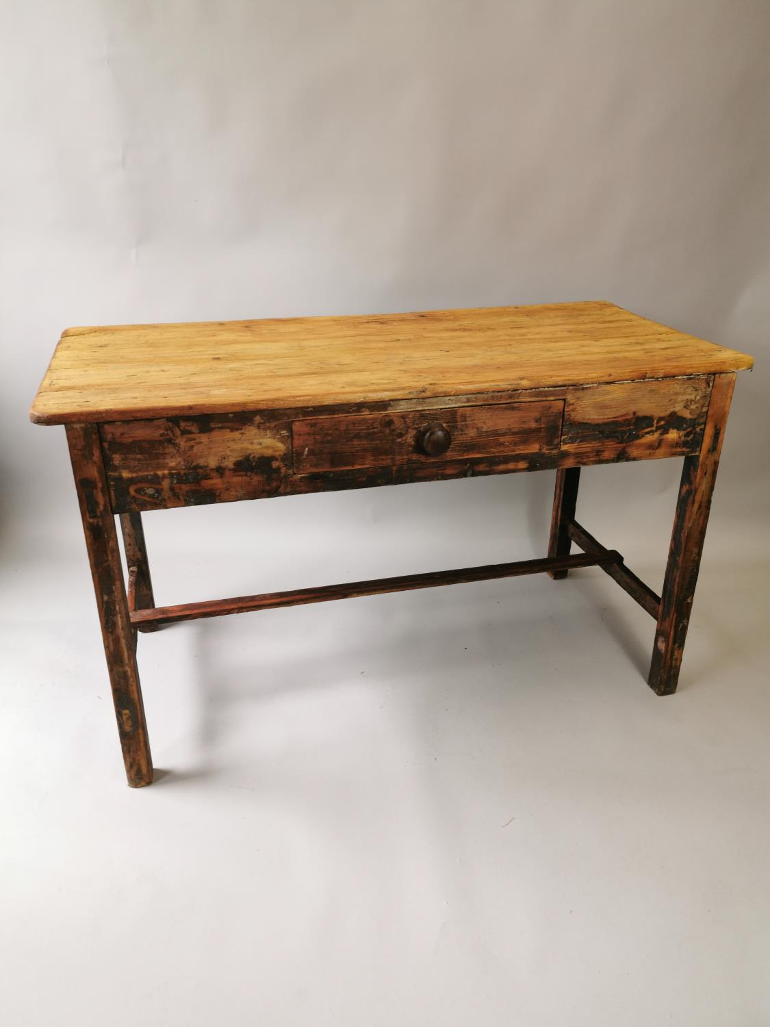 19th. C. painted pine table