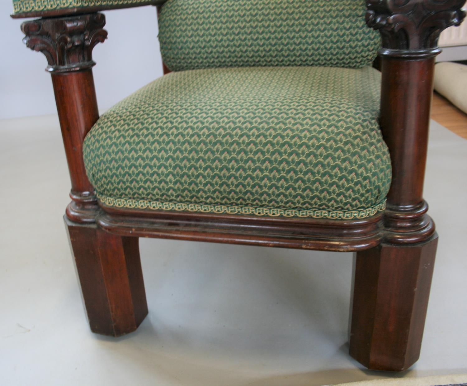 Exceptionally rare mahogany Irish throne chair, stamped Strahan of Dublin. 90W x 230H x 78D - Image 4 of 4