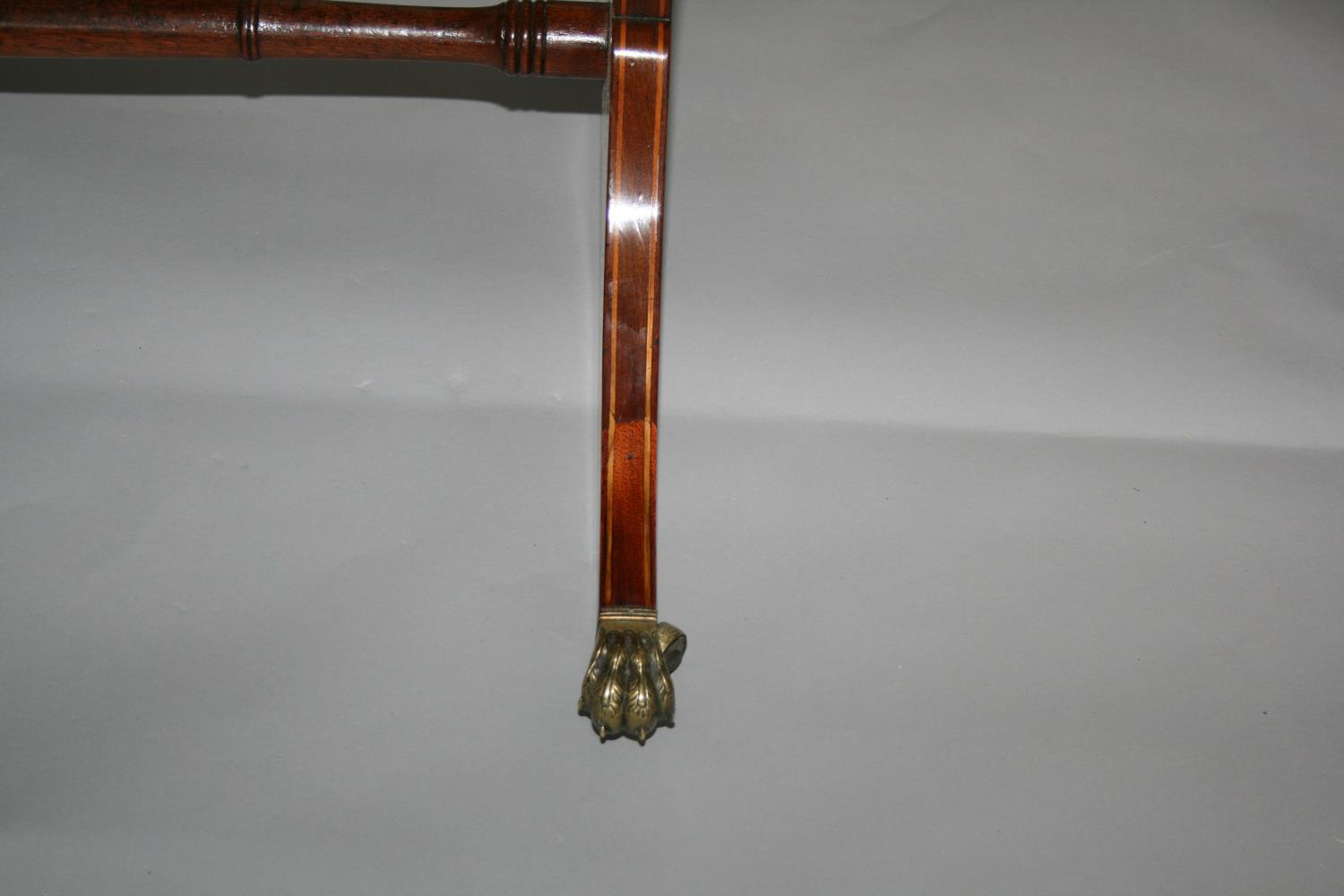 Very fine original Georgian sofa table mainly in mahogany with satin wood cross banding - Image 3 of 5