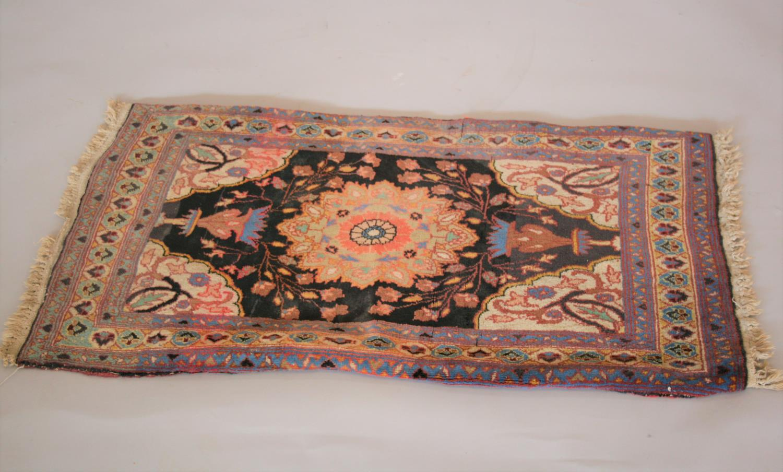 Antique prayer rug 107 x 60