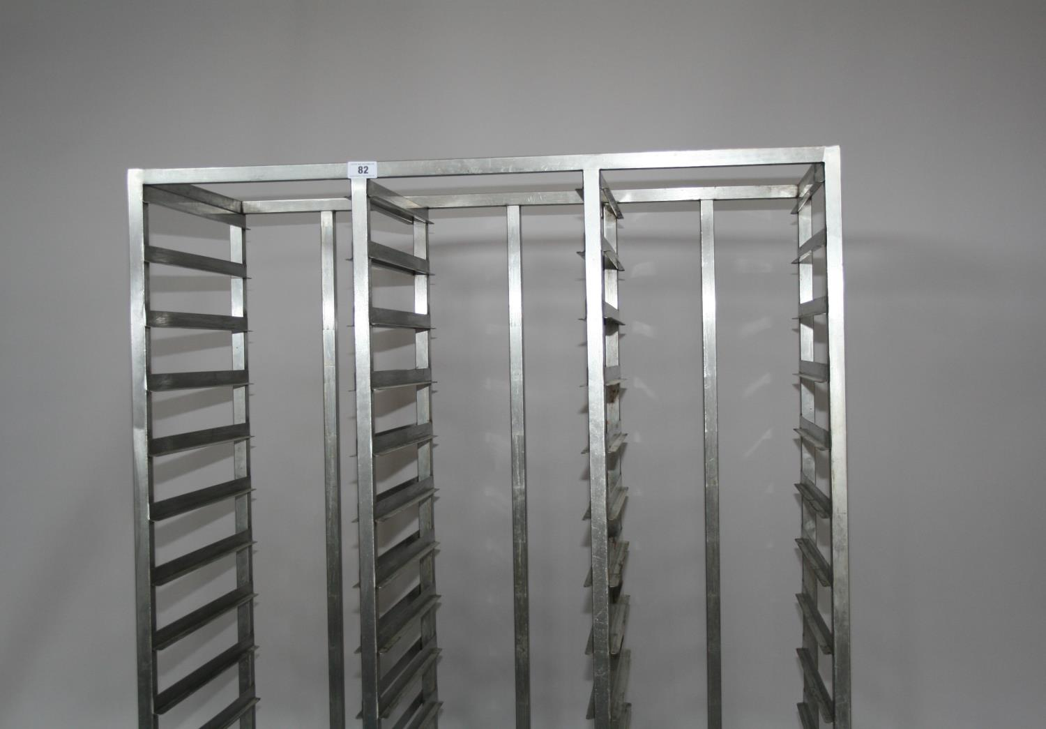 Stainless steel banqueting tray holder 110 W x 170 H x 56 D - Image 3 of 3
