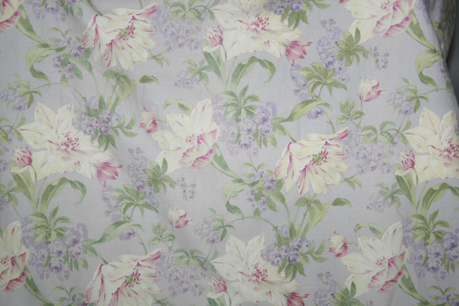 Two pairs lined curtains with floral pattern (1st pair lilac colour & 2nd pair pink) 300 W x 260 H - Image 3 of 3