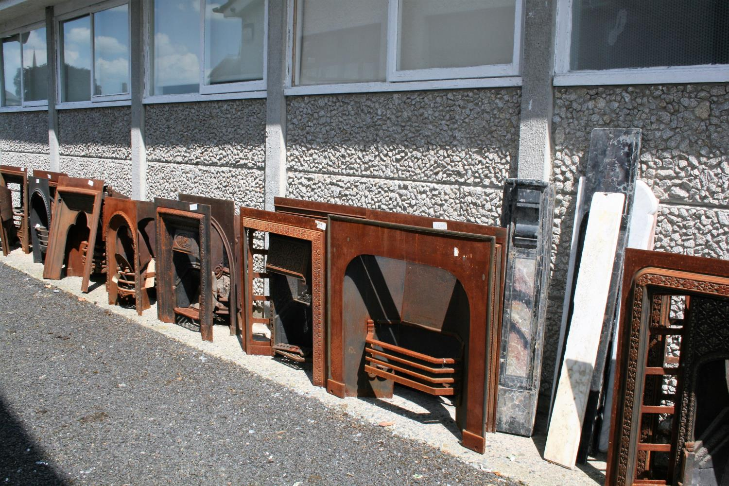 Large collection of antique cast iron fire insets, fire grates, fenders etc. - Image 4 of 6