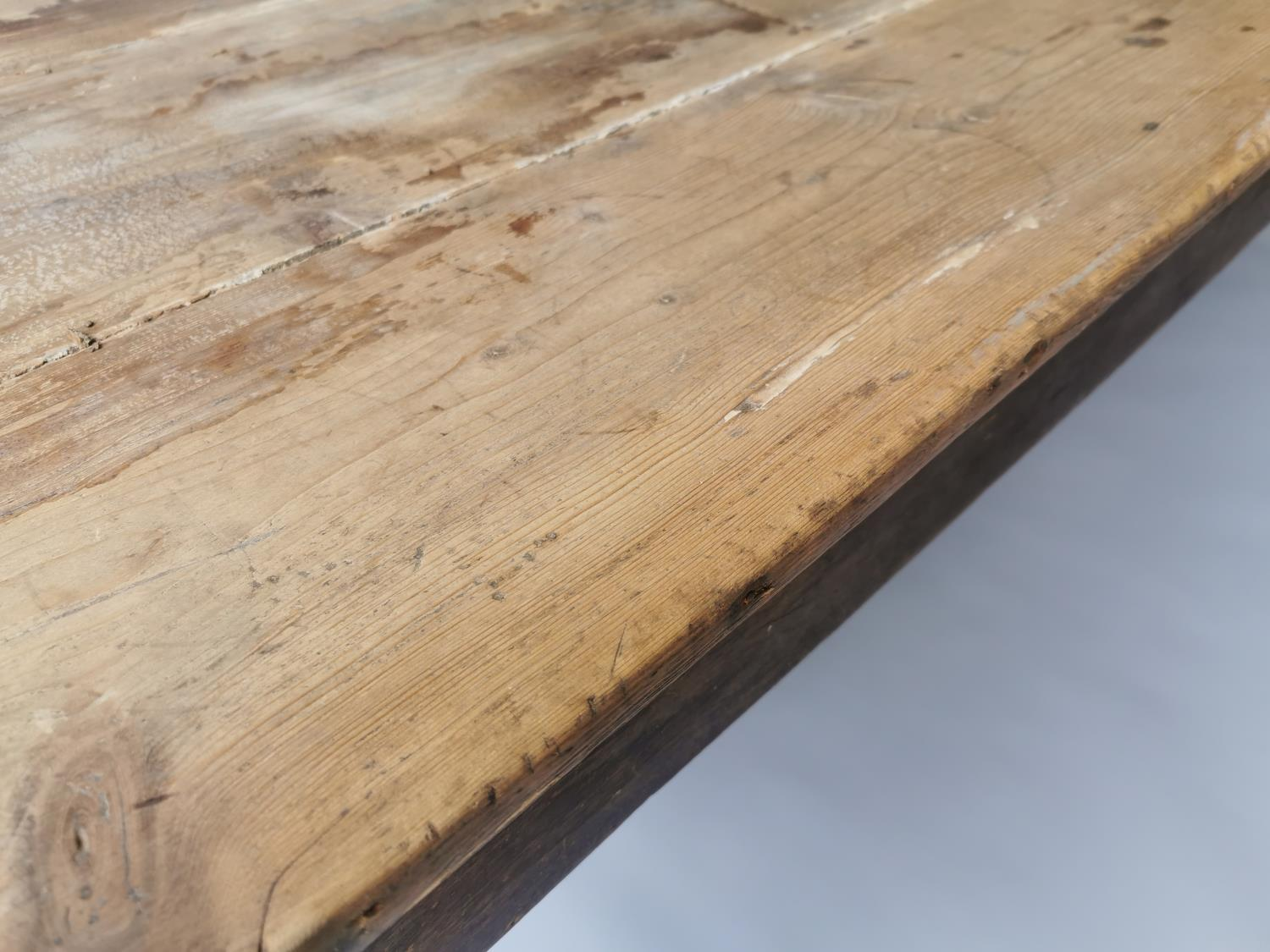 19th C. pine and oak kitchen table on square tapered legs 70 cm H x 198 cm L x 79 cm D - Image 3 of 5