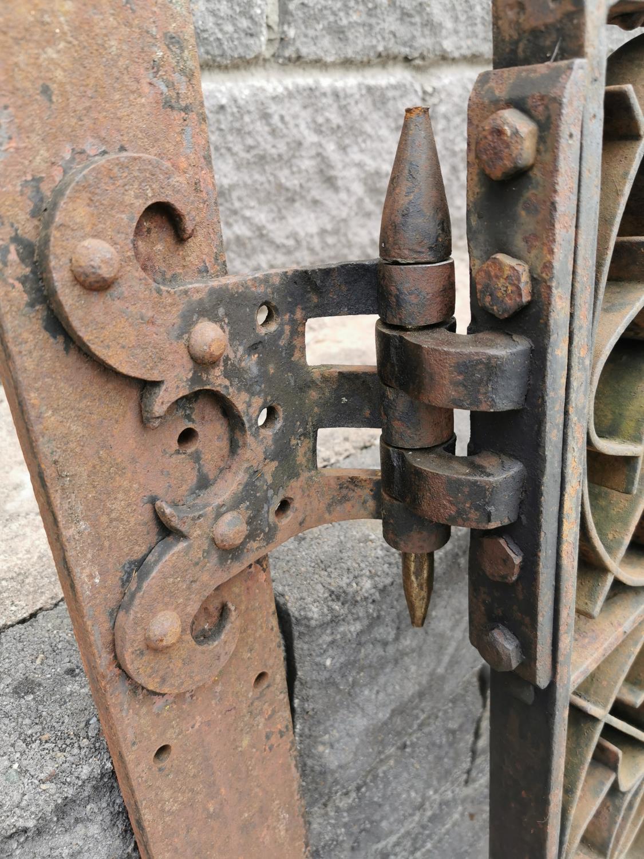 Set of wrought iron entrance gates with brackets. - Image 4 of 4