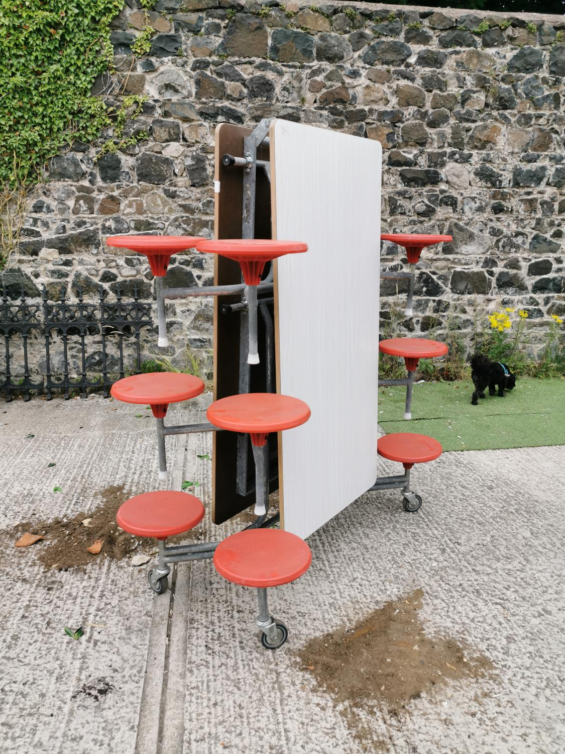 Retro folding garden table and seats. - Image 3 of 3